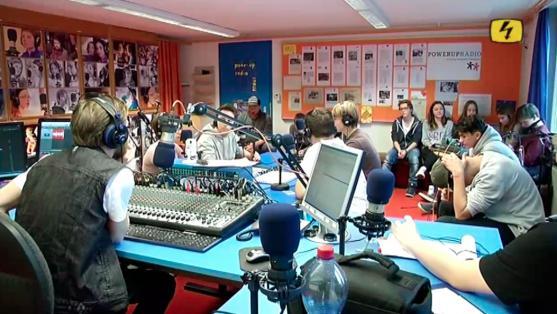 Powerup-Radio der Stiftung Kinderdorf Pestalozzi in Trogen, AR - Auf Top Fokus vom 20.11.2015
